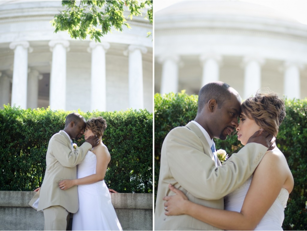 Jefferson Memorial Wedding Couple